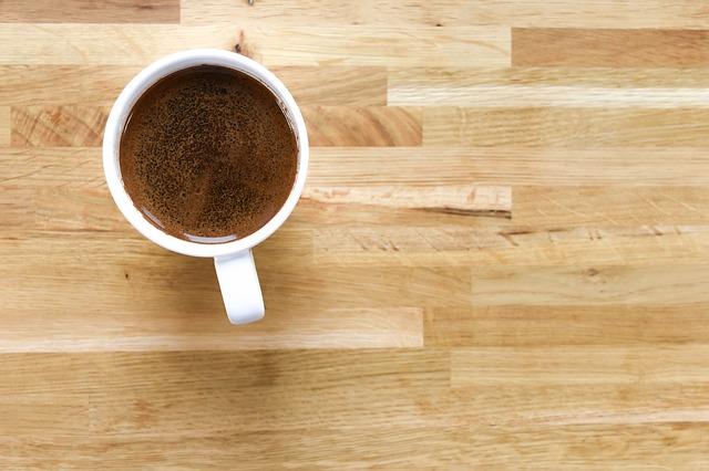 I fondi del caffè sono tanto inutili? come usarli a nostro vantaggio?