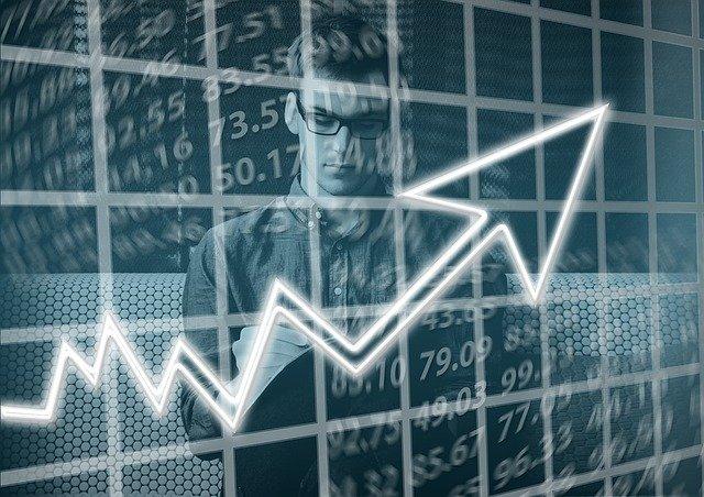 Mercato e-commerce: come assicurarsi risparmio e qualità grazie alle recensioni