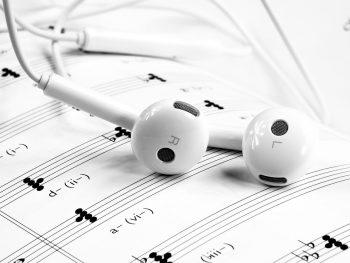 Brani da ascoltare durante le ore di lavoro