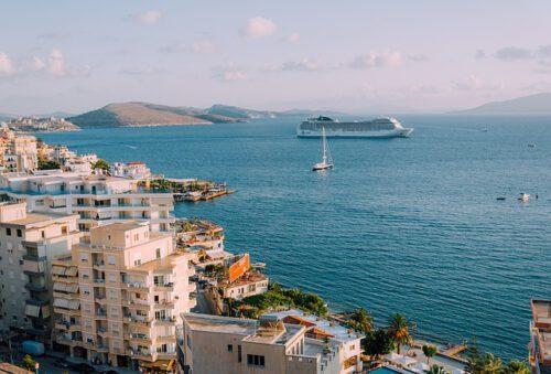 Albania: 5 bellezze imperdibili da raggiungere in traghetto