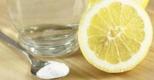 Bicarbonato per digerire: funziona? Dosaggi e controindicazioni